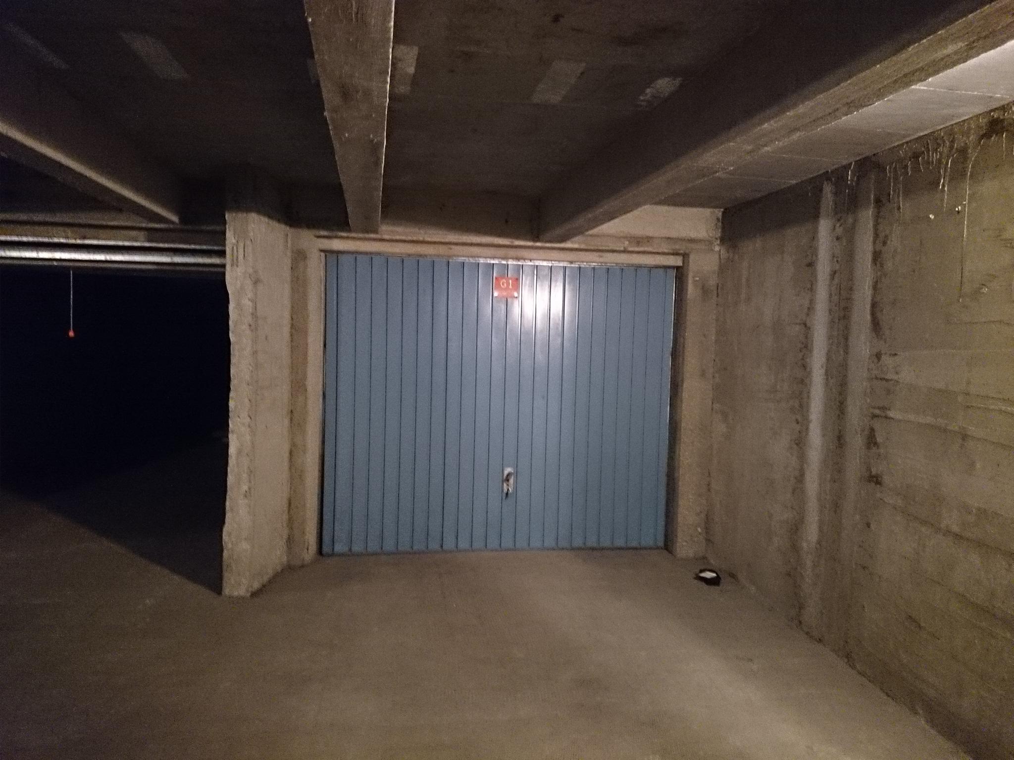 Vente garage parking saint jean de monts 85160 sur le for Garage automobile saint jean de monts